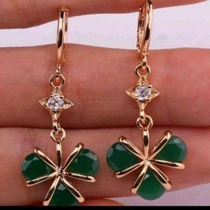 New 18ktgf emerald cz dangle earrings